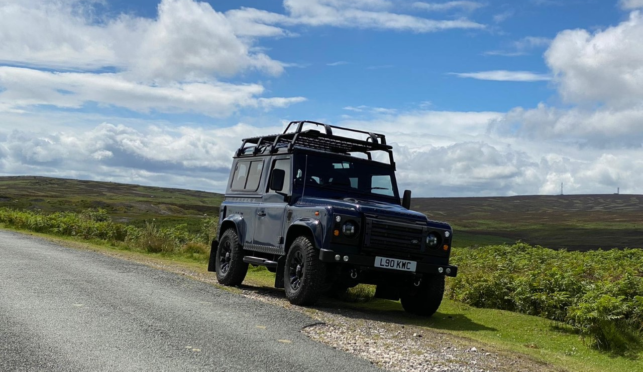 Carter accepts a role promoting Land Rover thumbnail image